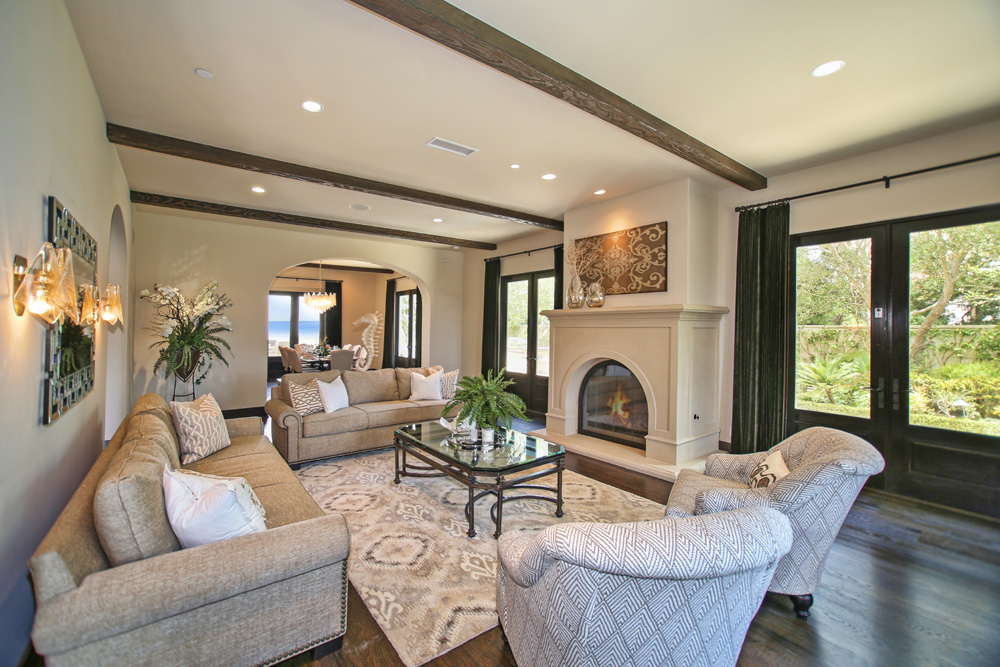 Coastal staging and design vacation rentals for How to decorate a vacation rental home
